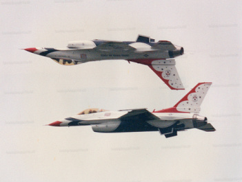 Air Force Thunderbirds - Inverted Flight